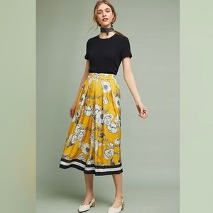 Yellow floral wide-leg cropped pants